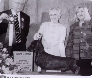 CH Raydachs Great Balls of Fire, Judge Harry Tufts, Handler Shirley Ray and TP Cheryl Schultz