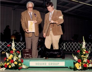 Rose Farms Boondox Essence L winning a Group placement from John Cook from the Puppy Class with Dan Harrison handling