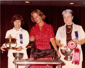 CH Rose Farm's Elsie MS, Judge Ann Gordon and owner Dee Hutchinson with Lorraine Heichel being Trophy Presenter